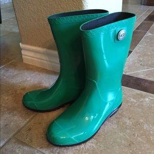 New UGG Rain Boots